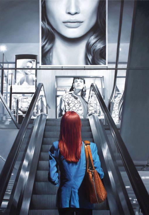 Frau auf Rolltreppe von Christopher Corso