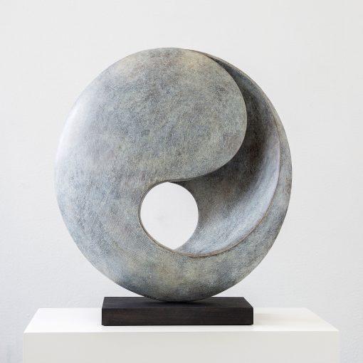 runde Skulptur von Yves Rasch