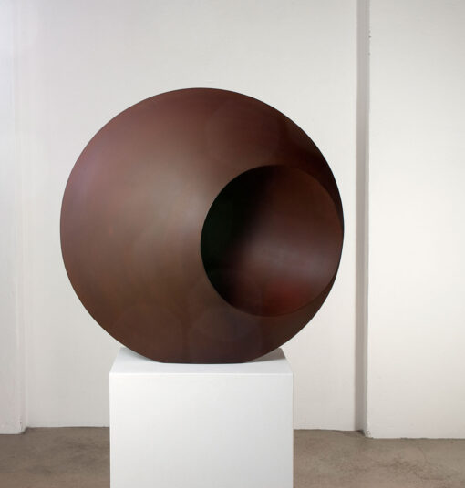 runde Skulptur aus Corten
